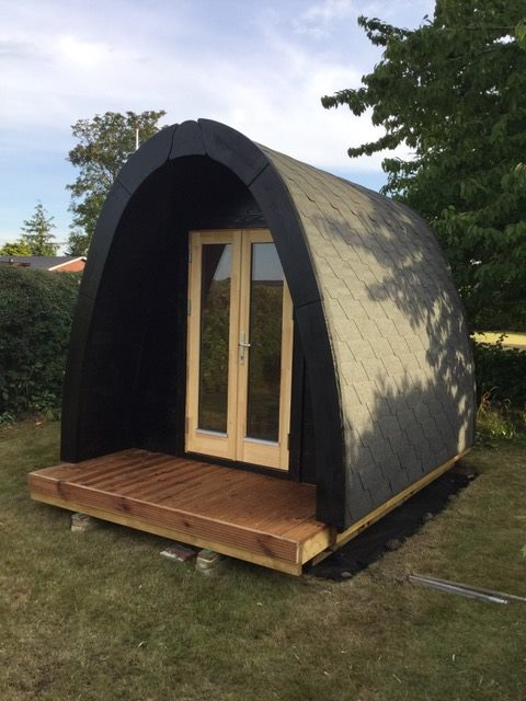 Camping Pod Luxury 240x350 isoliert