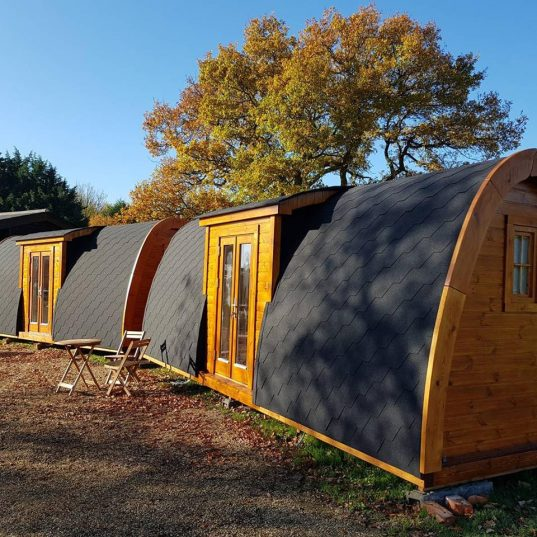 Camping Pod Luxury Seiteneingang 240x660 isoliert